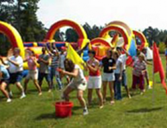 example corporate team building games